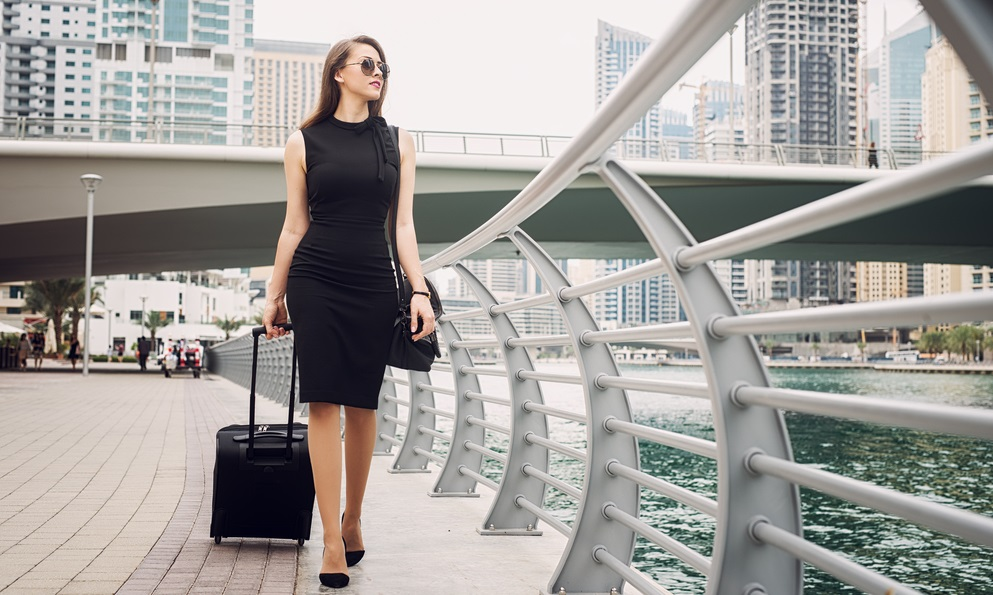 A Stylish Packing List For Women Business Travelers | Zivame